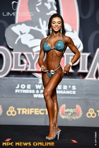 Elisa Pecini is a shining example of what judges are looking for in a bikini competitor.
