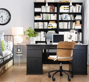 workspace-in-bedroom-0-500x460