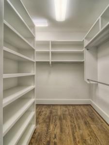 Avery Court walk in closet