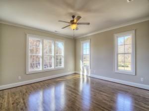 Avery Court bedroom