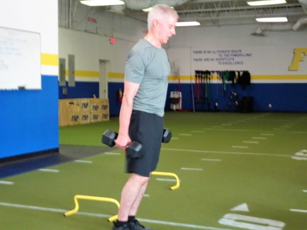 fsp personal training client doing lunges