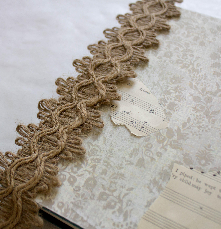 burlap-and-lace-trim-wedding-decor-diy-idea-13