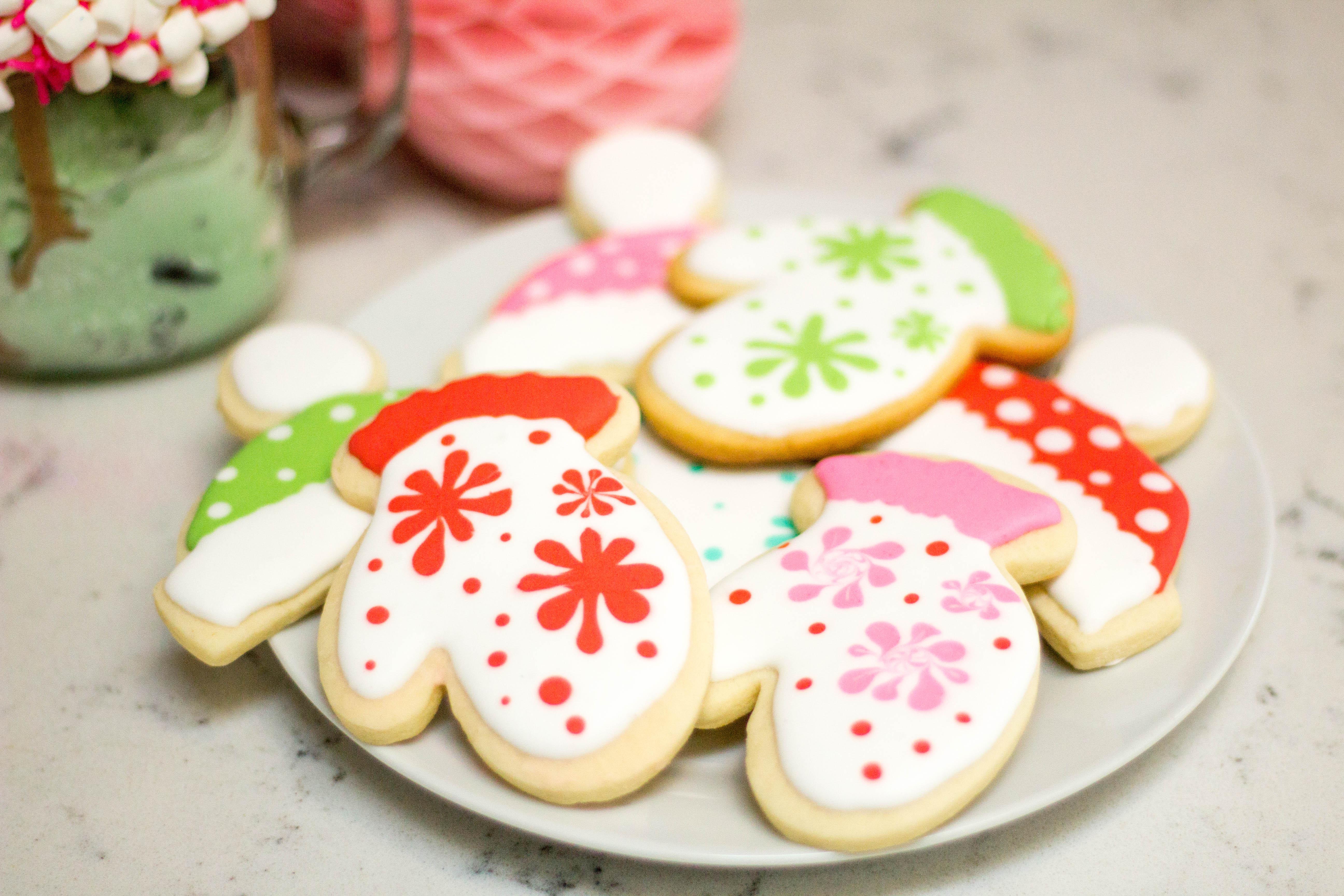 winter-baking-ice-cream-freak-shake-creative-desserts-overload-25