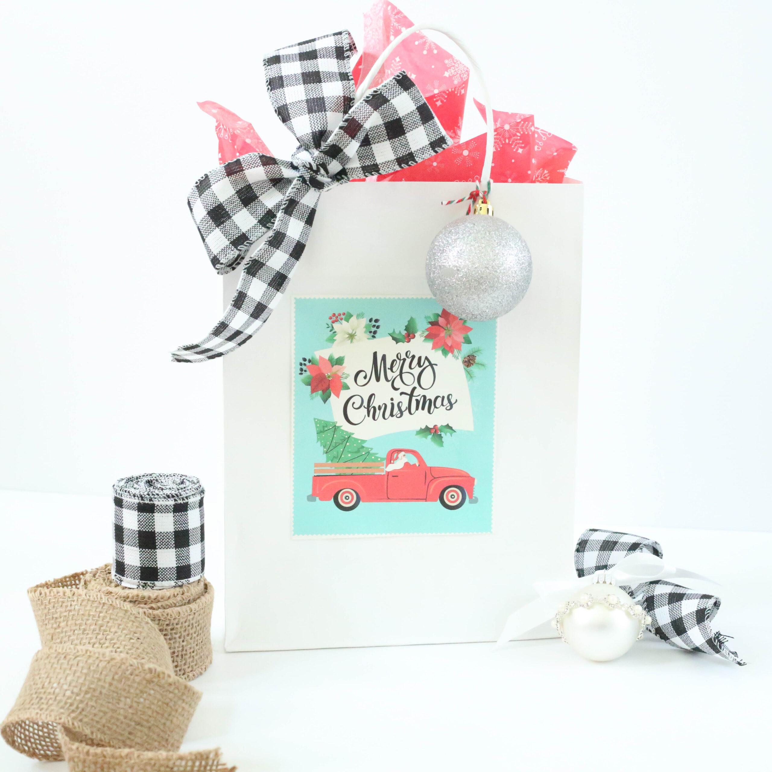 custom packaging for holiday gifts