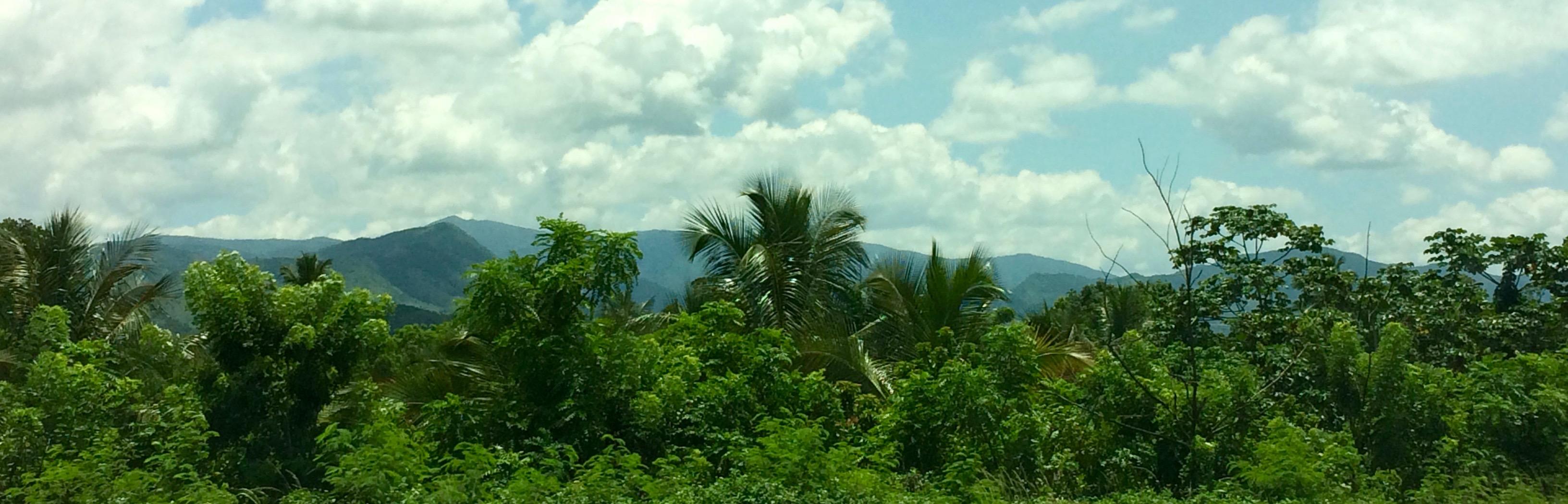 Road from Santo Domingo to Santiago