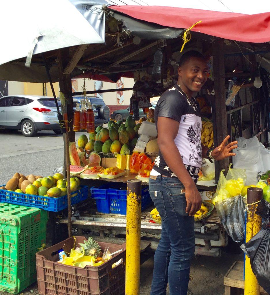 Street Vendors have the best fruit