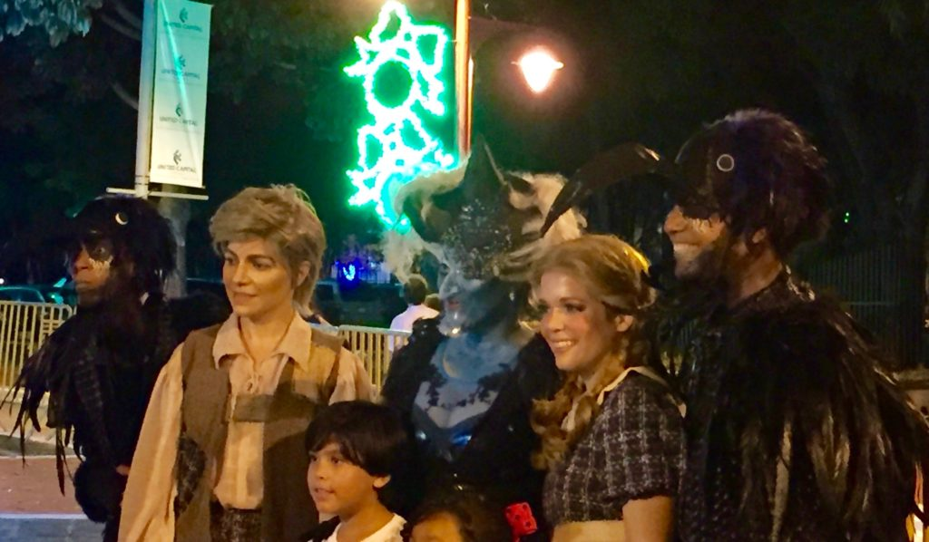 Hansel, Gretel, Witch, & crows with fans