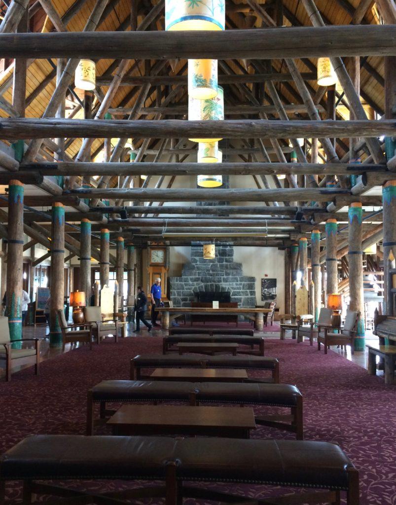 Architectural rhythm Paradise Inn