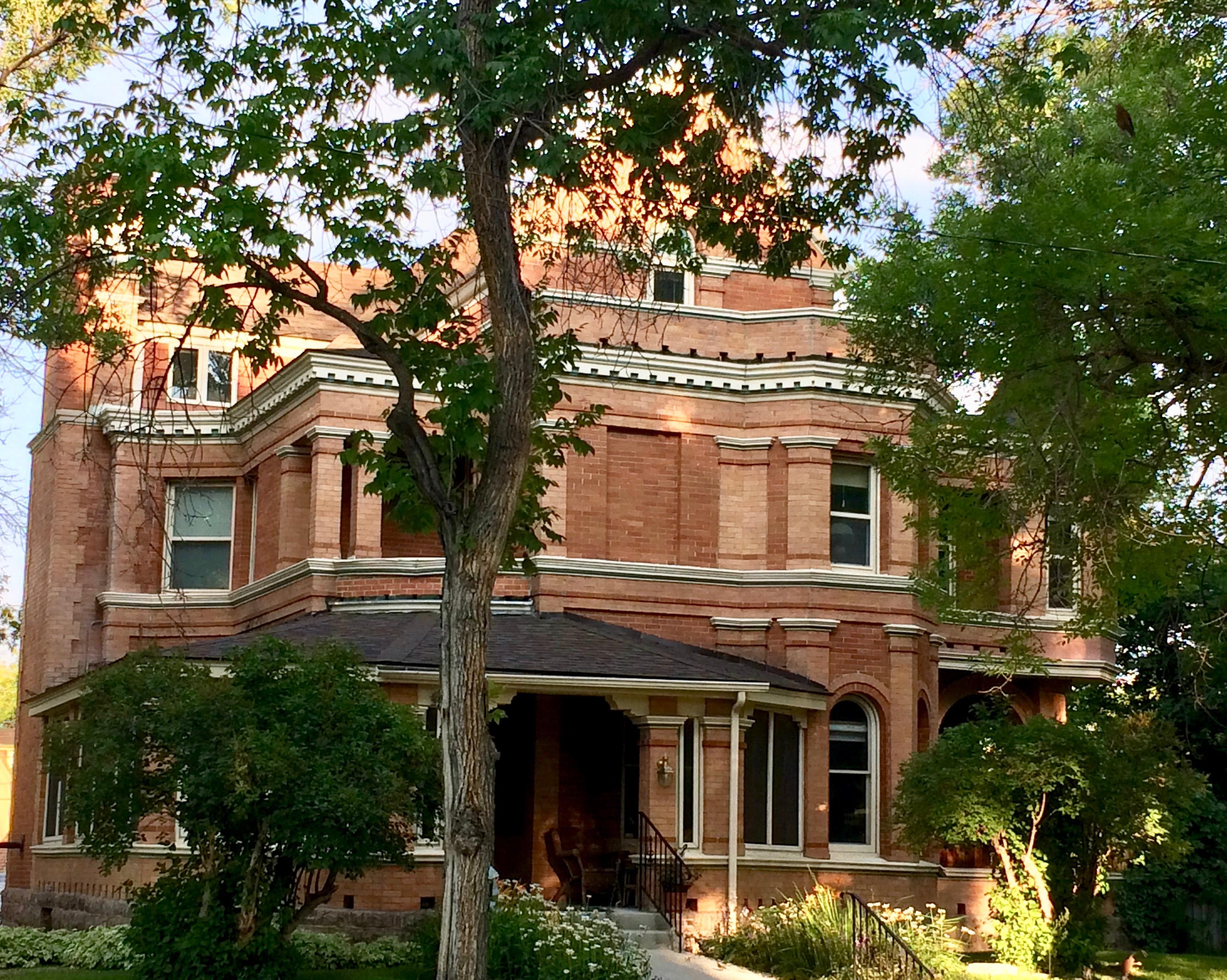 Mansion H