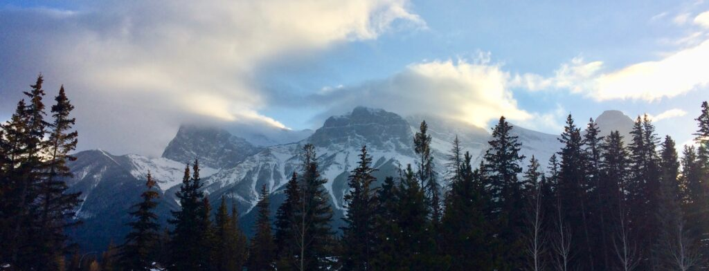 Canmore, Alberta, mountains