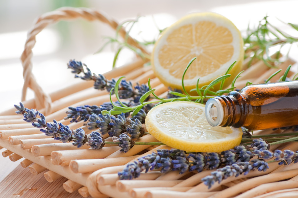 Going Natural - Part 4 - Switching to Essential Oils