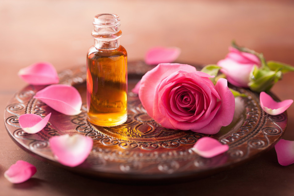 Scenting Naturally - Making Natural Perfumes - Essential Oil Blends