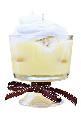 Yummy Candle Treats: Fun Food Inspired Candles - Banana Cream Pudding