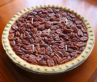 Yummy Candle Treats: Fun Food Inspired Candles - Pecan Pie