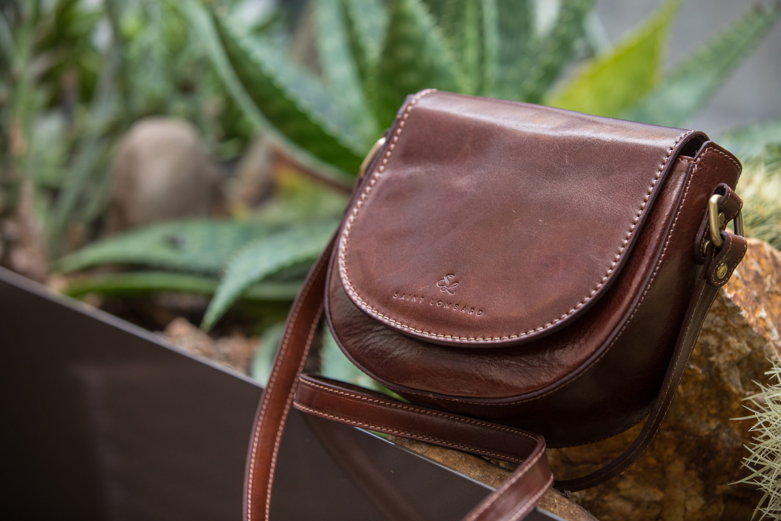 Sustainable Bags for Everyday by Saint Lombard