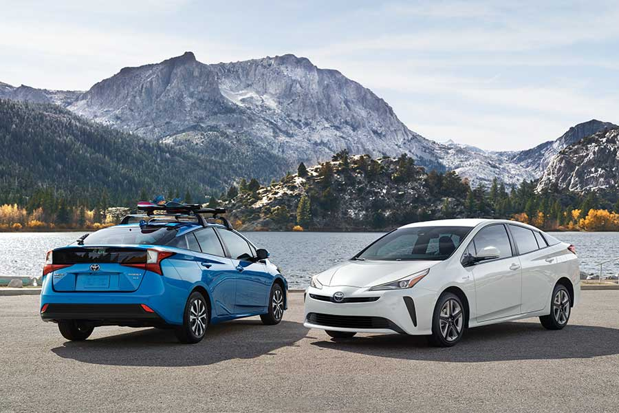 Here are the electric car California rebates information for 2020.