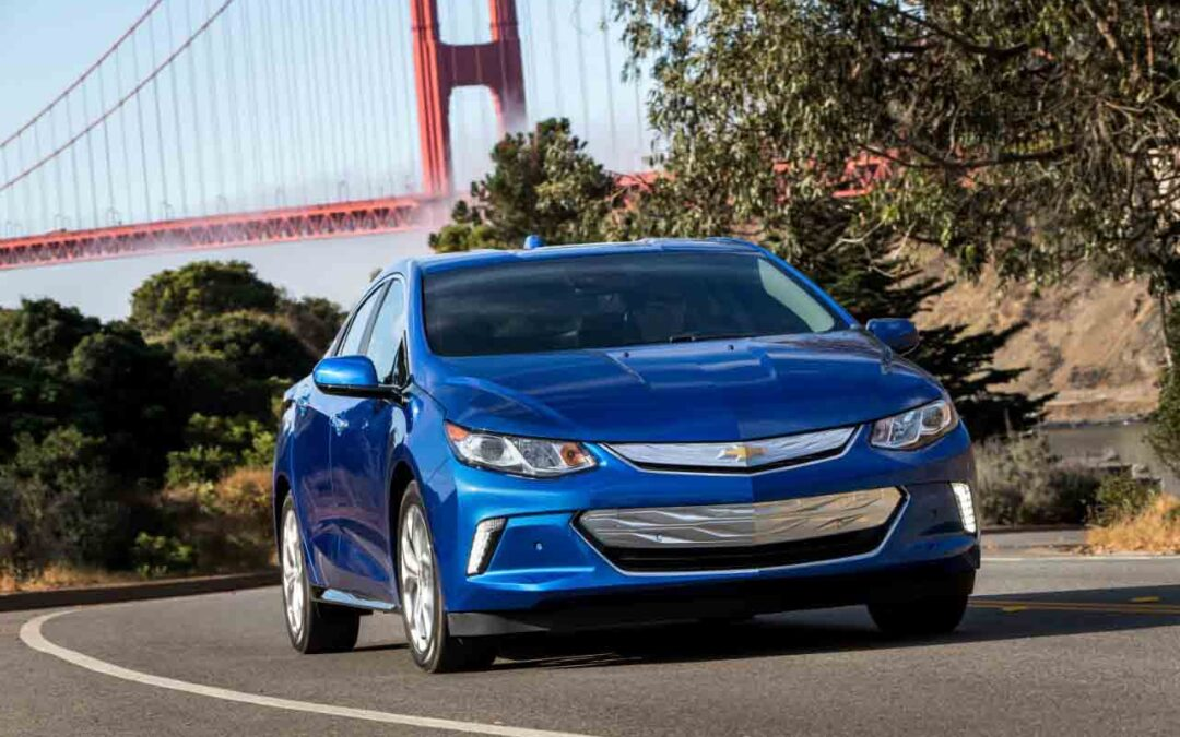 Federal Tax Rebates for Purchasing an Electric Vehicle