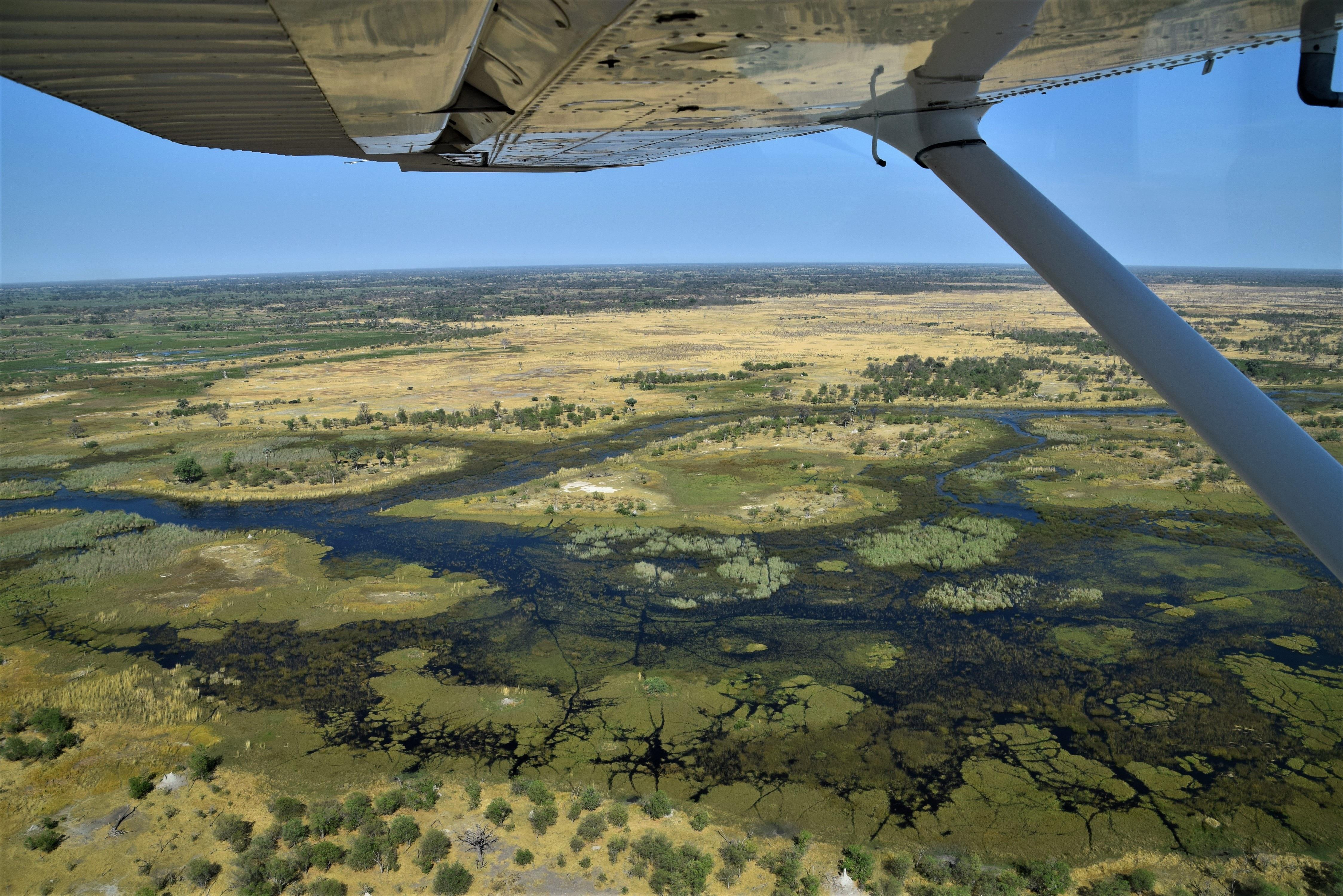 Botswana: Desert, Delta & Victoria Falls