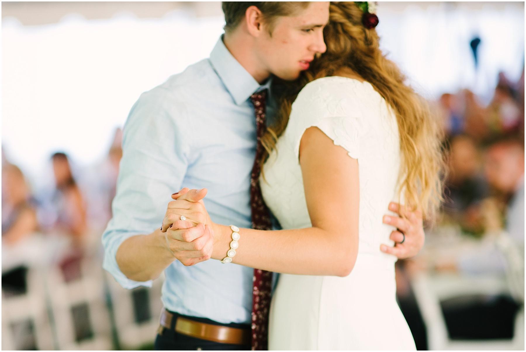 intimate backyard wedding minnesota