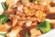 Seafood  Tofu Pot with Abalone Sauce (A1)