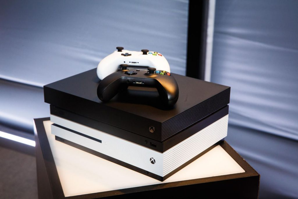 Xbox One X, video game news, video game industry, gigamax, gigamax games
