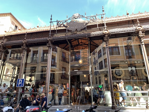 Mercado de San Miguel. Madrid food hall. What to do in Madrid for 3 days
