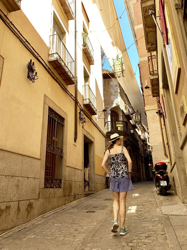 what to do in toledo spain - walk winding streets