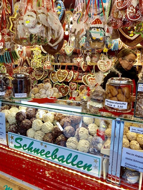 Munich Schneeballen Snowball pastry