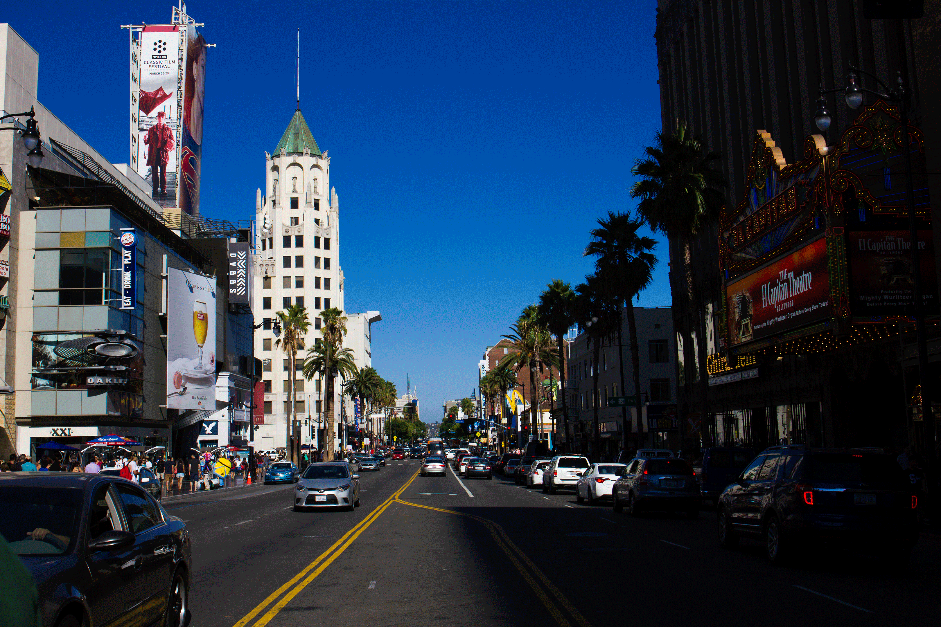hollywood entertainment district