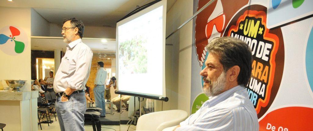 Consultores Sérgio C. Buarque e Abraham Sicsú na Expoidea 2012