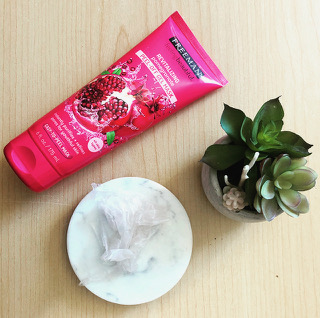 Freeman Pomegranate Peel- Off Mask Review!