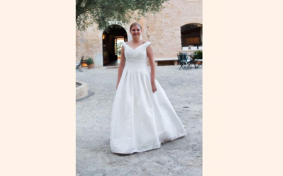 ami elisah wedding dress alteration00813