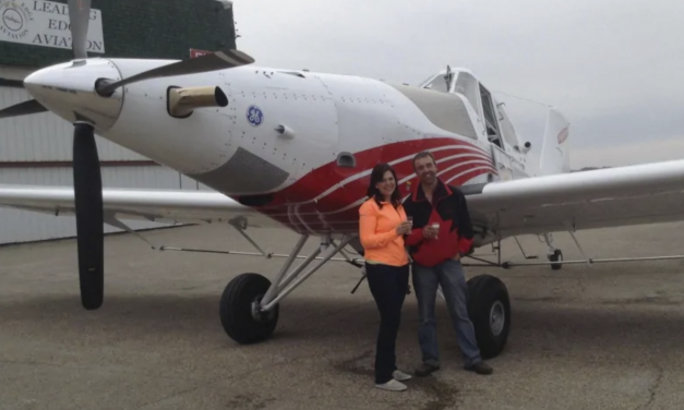 Unique Dual-Purpose Manitoba Plane Can Dust Crops, Fight Fires With Ease