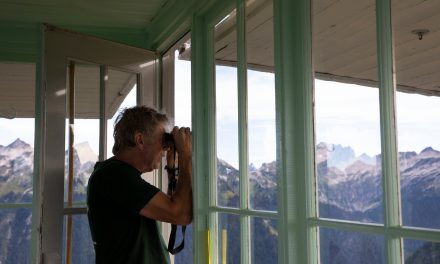 High in the Cascades, a Lone Fire Lookout Still Keeps Watch