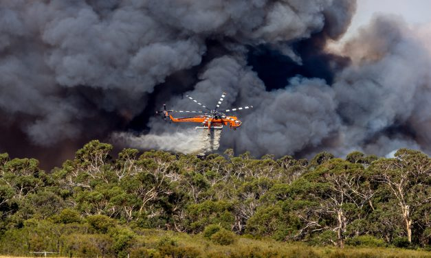 Six S-64 Air Crane Helicopters Continue Fight in Australia