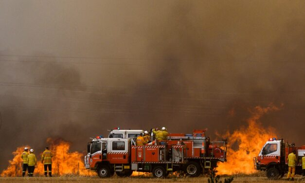 """It's a Worldwide Problem"": How North American and Australian Firefighters Work Together"