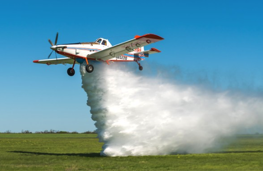 Ag aviators seek expanded role in fighting fires