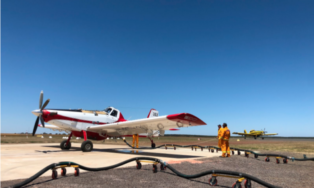 Air Tractor AT-802F Help Battle Australian Fires