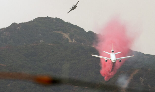 'Very Large Air Tanker' used in East Oregon fires