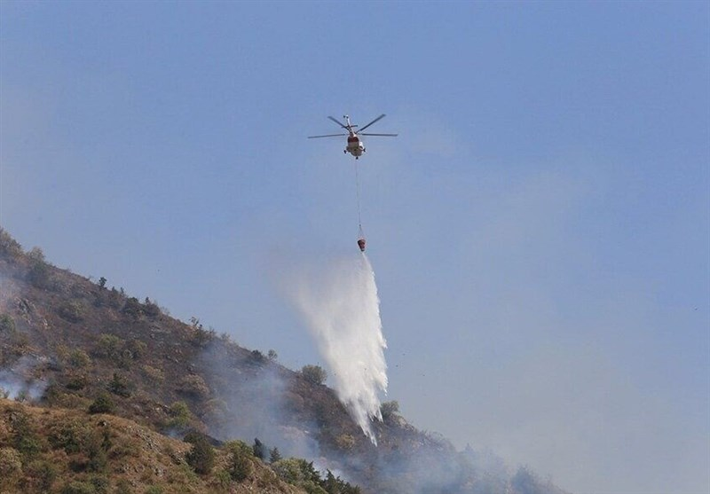 Aerial Operation Underway to Put Out Forest Fire in North Iran