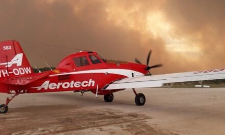 Water-bombing operations provides valuable assistance in Blackford bushfire fight