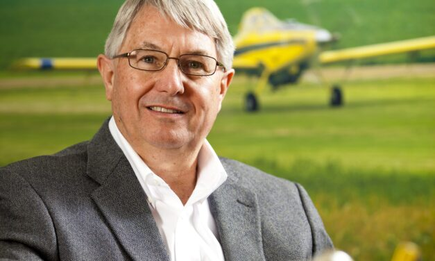Air Tractor VP Finance retires after 31 years