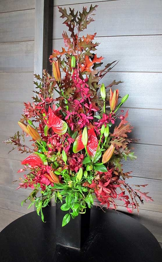 Floral arrangement for the corporate environment