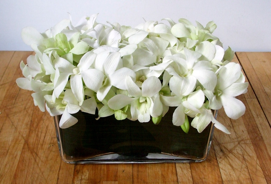 Small Singapore Orchid Table Centre