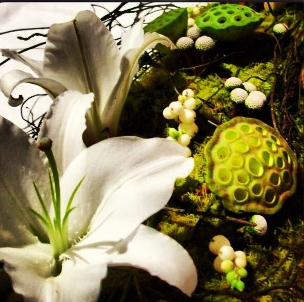 Lotus Pod and Lily Table Centre for Weddings and Events