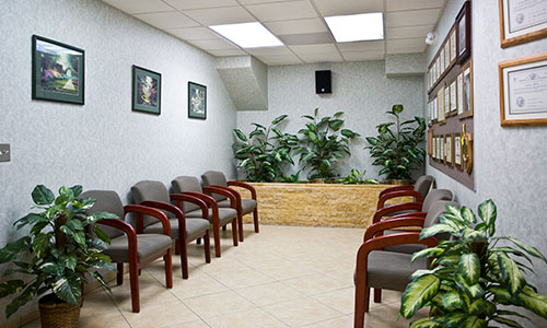 IV Sedation office tour. Front Desk for IV , Oral Sedation, Nitrous oxide Sedation