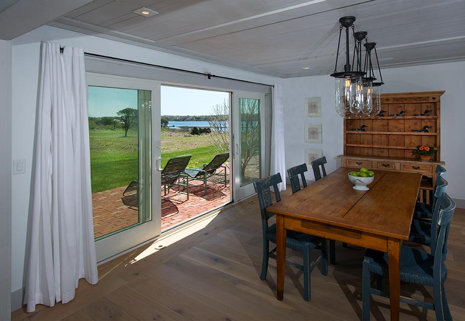 Oyster_Pond_31_i_Diningroom_72dpi