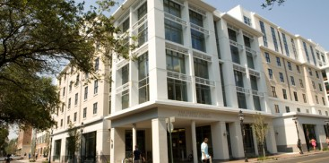 COLLEGE OF CHARLESTON DORMITORY AND APARTMENT COMPLEX