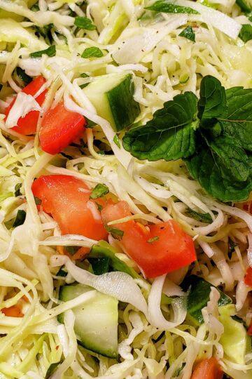 Lebanese cabbage salad