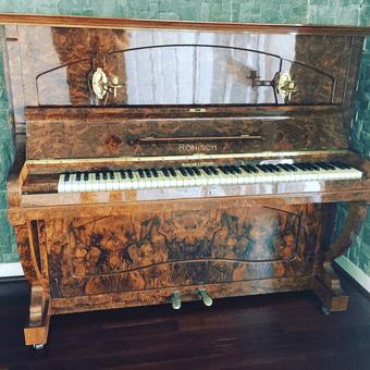 upright piano removal perth - Ronisch piano